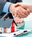 difference between a real estate agent and a broker